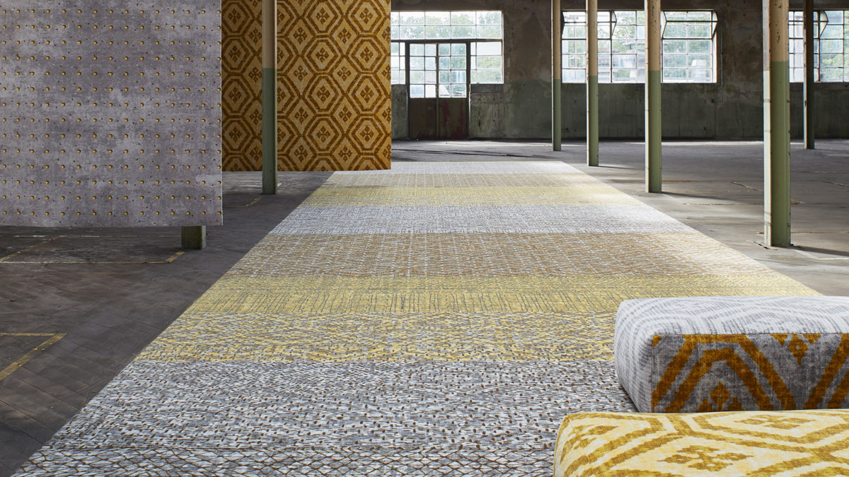 Desso&Ex carpet in yellow