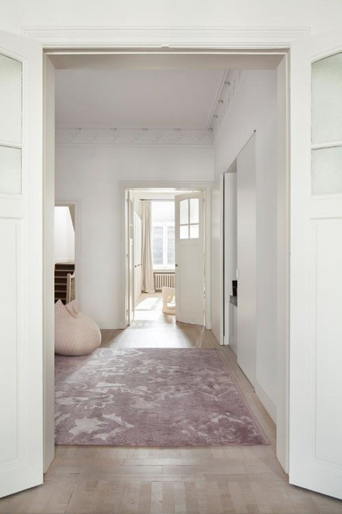 Modern handmade rugs inspired by the orient, chose your style: Aria by Casalis