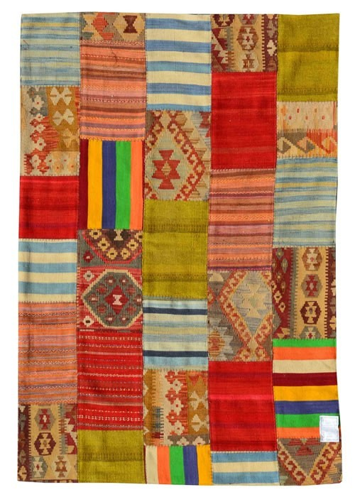 Summer rugs: modern kilims in patchwork