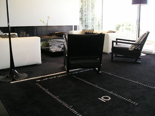 Eileen Grey's centimeter rug insprires eighty years after